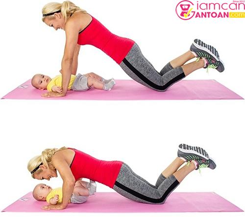 Động tác này giúp các mẹ giảm mỡ bụng hiệu quả