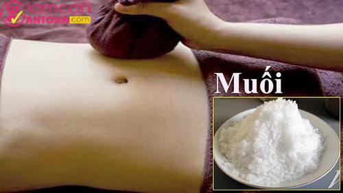 Chườm muối bụng sẽ tăng hiệu quả giảm cân sau sinh