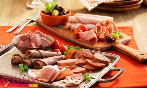 Hãy loại bỏ các thực phẩm chế biến sẵn để tránh tăng cân