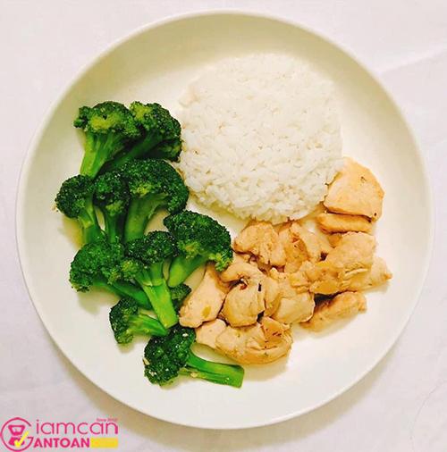 Việc chọn thực phẩm đóng vai trò rất quan trọng trong quá trình giảm cân