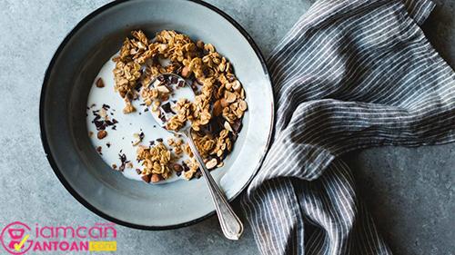 Ngũ cốc và sữa không đường rất tốt cho sức khỏe
