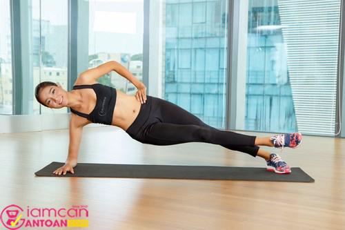 Động tác này giúp giảm mỡ bụng và cánh tay hiệu quả