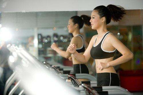 Một số bài tập thể thao và những kiểu thể dục giảm béo Bài tập thể dục giảm mỡ thừa ngay tại văn phòng Một số sai lầm thường mắc phải trong kế hoạch giảm cân7
