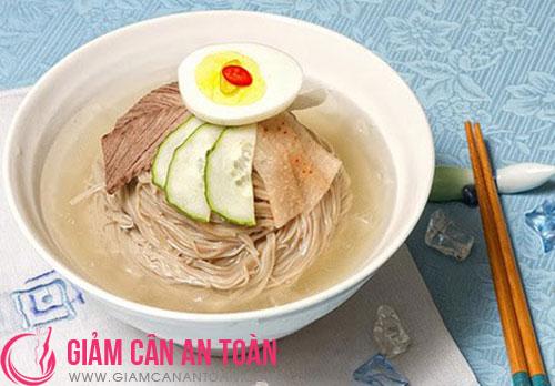 Cắt giảm calo một cách tự nhiên với món mỳ lạnh2