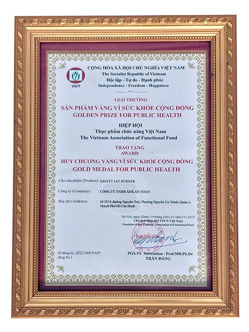 Safety FAT Burner của Giảm Cân An Toàn nhận giải thưởng Sản phẩm vàng vì sức khỏe cộng đồng5