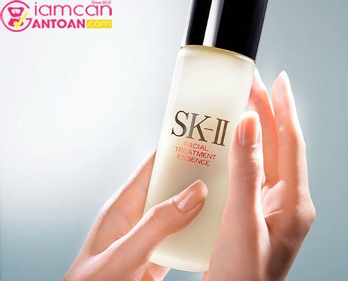 Set bộ dưỡng da chống lão hoá SK-II Full Line dành cho da thường xuyên makeup3