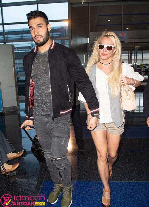 Bí quyết giúp bạn trai hiện tại của Britney Spears giảm 45kg trở thành người mẫu7