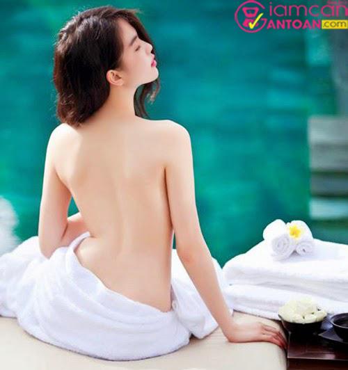 Kem dưỡng trắng da và trang điểm nhẹ toàn thân Sakura Skin Whitening BB Body Cream3
