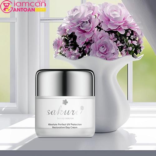 Kem Dưỡng Trắng Phục Hồi Sakura Absolute Perfect UV Protection Restorative Day Cream5