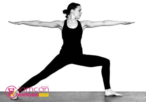 chon-ngay-nhung-dong-tac-yoga-de-thuc-hien-ho-tro-giam-can-1
