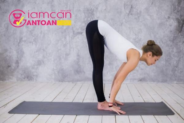 nhung-bai-tap-yoga-de-ot-co-the-tap-tai-nha-3