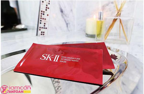 Mặt nạ SK-II Skin Signature 3D Redefining là bước giúp làm sạch da hiệu quả